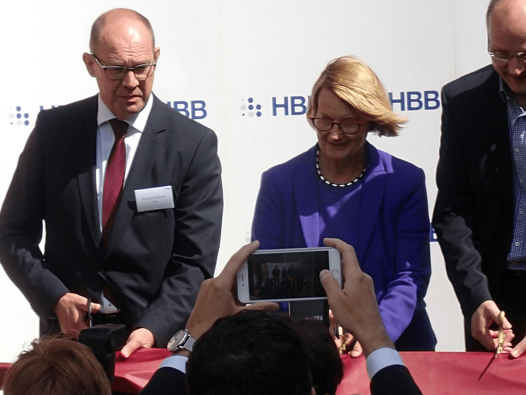 Feierliche Eröffnung des neuen Einkaufszentrums in Plettenberg